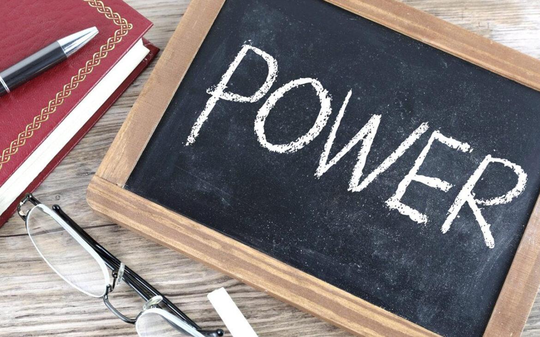 """อย่าต่อต้าน """"อำนาจนิยม"""" แบบ """"ใจอยากปากตอแหล"""" เพราะอยากฉวยประโยชน์จากการใช้แต้มต่อใน """"Power Dynamic"""""""