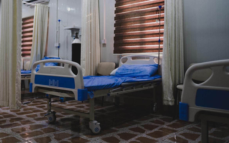 เตียงไม่พอหรือหมอสารเลว หมอไล่ผู้ป่วยอาการหนักกลับบ้านได้หรือไม่?